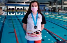 Plata para la nadadora jiennense. Foto: FAN.