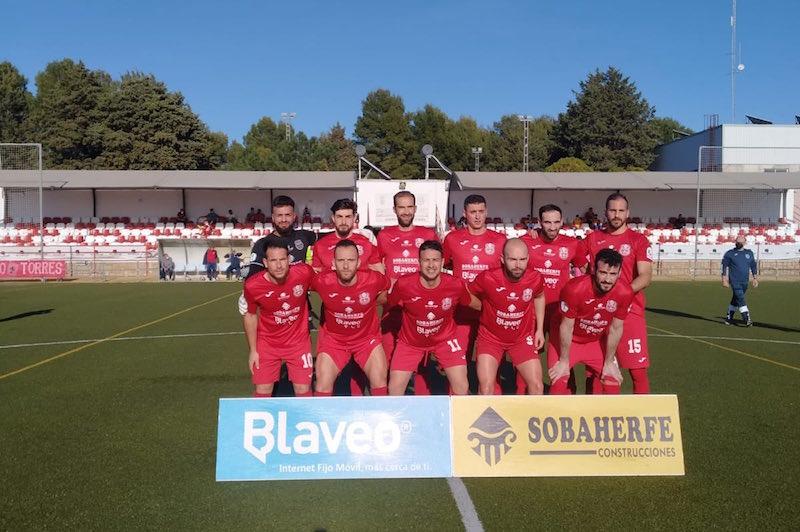 Empate a uno en el derbi entre el Torreperogil y el Atlético Porcuna