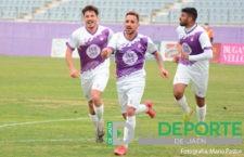 El Real Jaén se impone al Torreperogil en el estreno de Juan Arsenal
