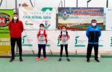 Una veintena de raquetas se citaron en Villargordo para acceder al regional