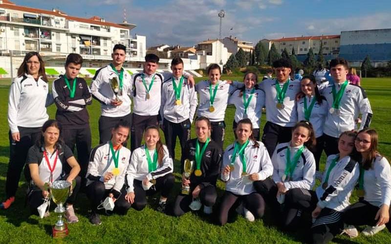 31 medallas para el Club de Luchas Olímpicas de Torredelcampo en el Campeonato de Andalucía