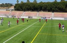 El Real Jaén pone punto y final a la temporada con una victoria por la mínima en Estepona