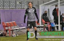 Nando prolonga su estancia en el Atlético Mancha Real