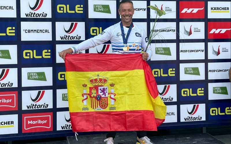 juanfra lopez nava campeon europa descenso master 50