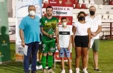 El Atlético Mancha Real vence al Martos en el partido solidario a beneficio de ALES