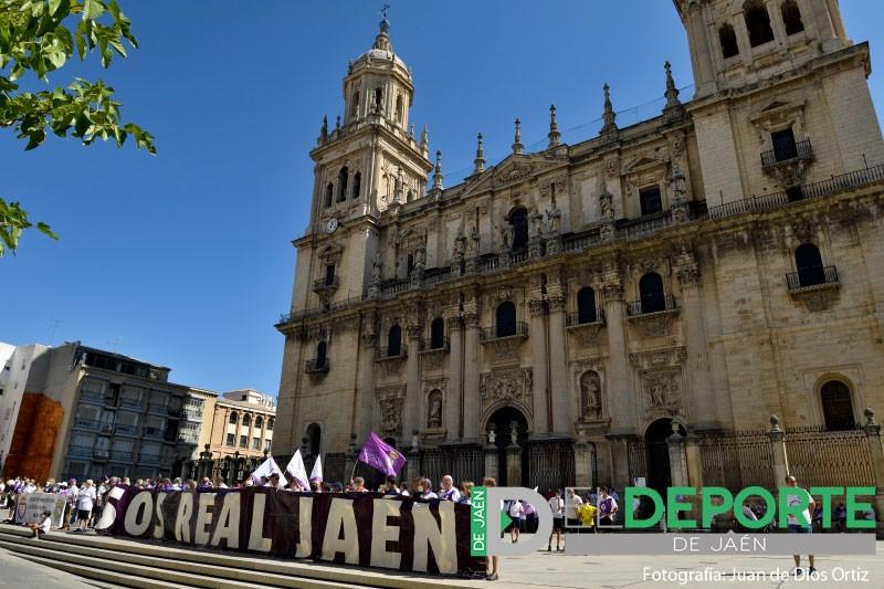 La afición vuelve a lanzar un grito unánime por la salvación del Real Jaén