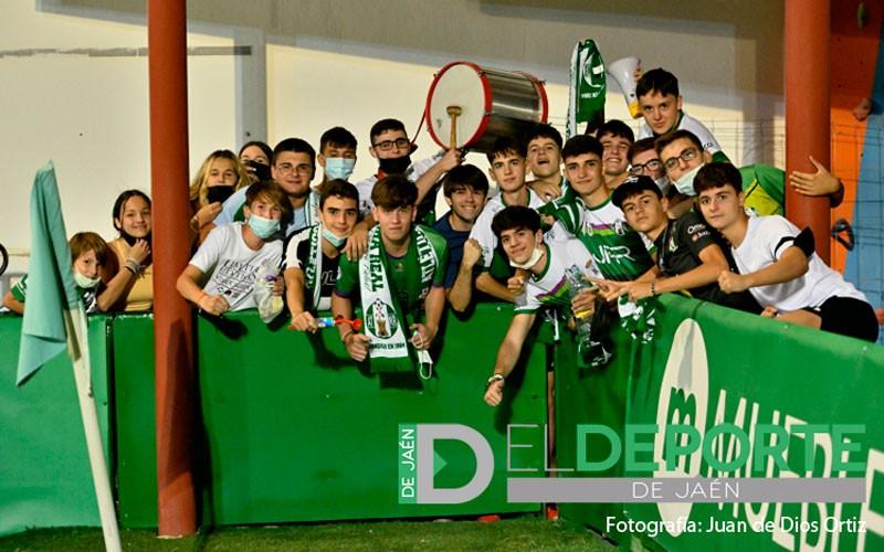 La afición en La Juventud (Atlético Mancha Real – CD Toledo)