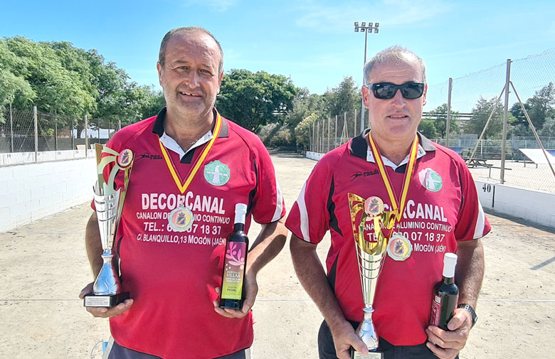 Paco Espinosa y Antonio Castillo, campeones de España por parejas de bolo andaluz
