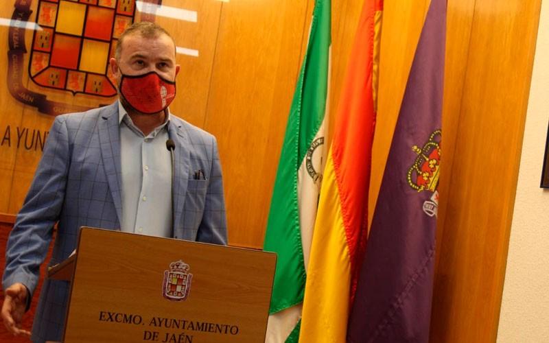 carlos alberca concejal deportes ayuntamiento jaen