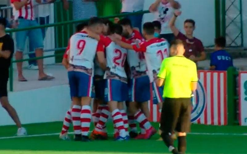 Jorge Vela rescata al Torredonjimeno ante un Melilla que acabó con 9 jugadores