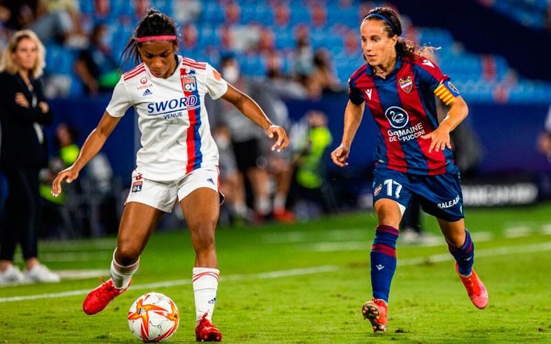 maria alharilla levante ud champions league