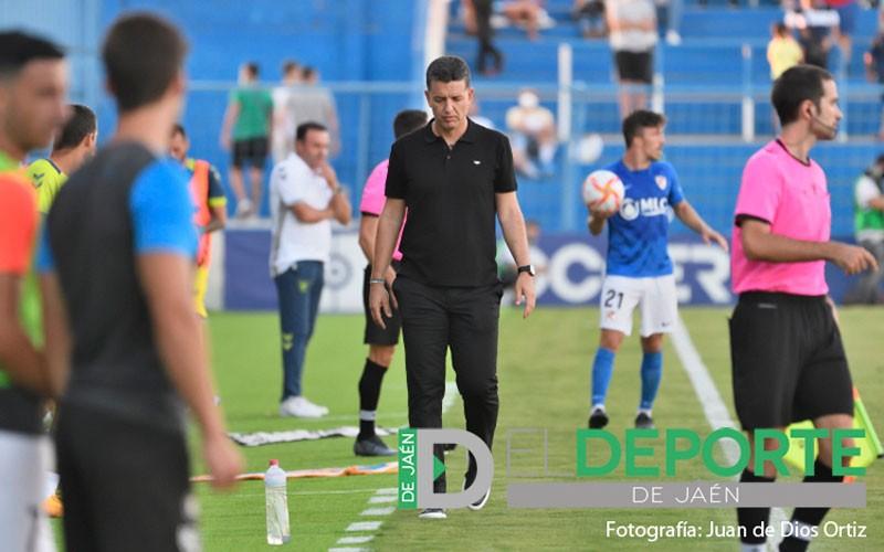 El Linares Deportivo destituye a Sandroni