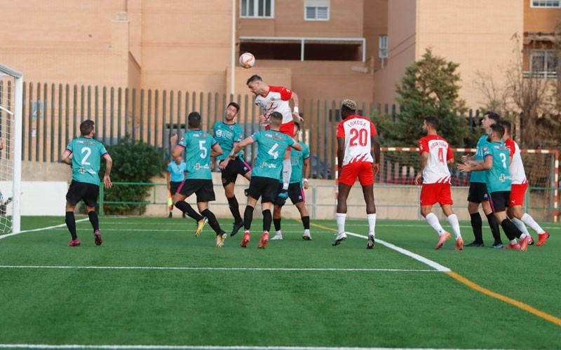 El Torredonjimeno salda con un empate su visita al Almería B