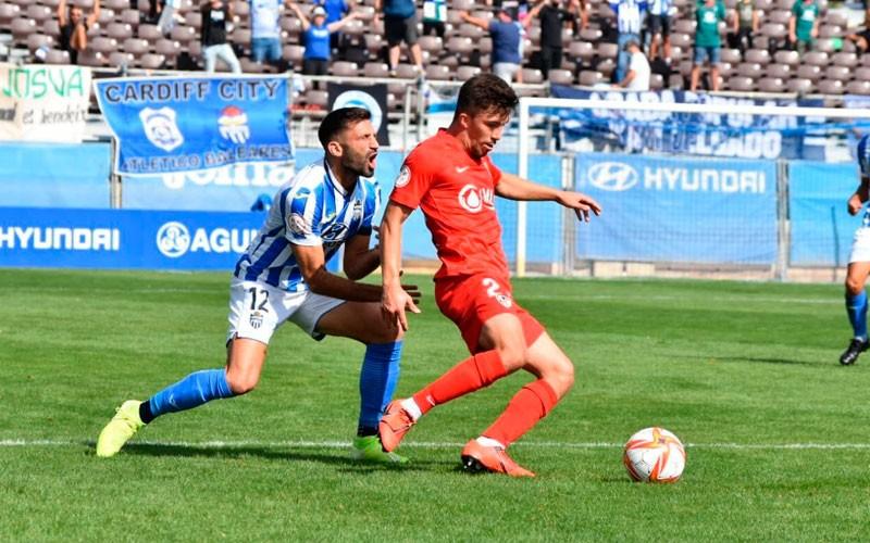 El Linares rasca un empate ante el Baleares (1-1)