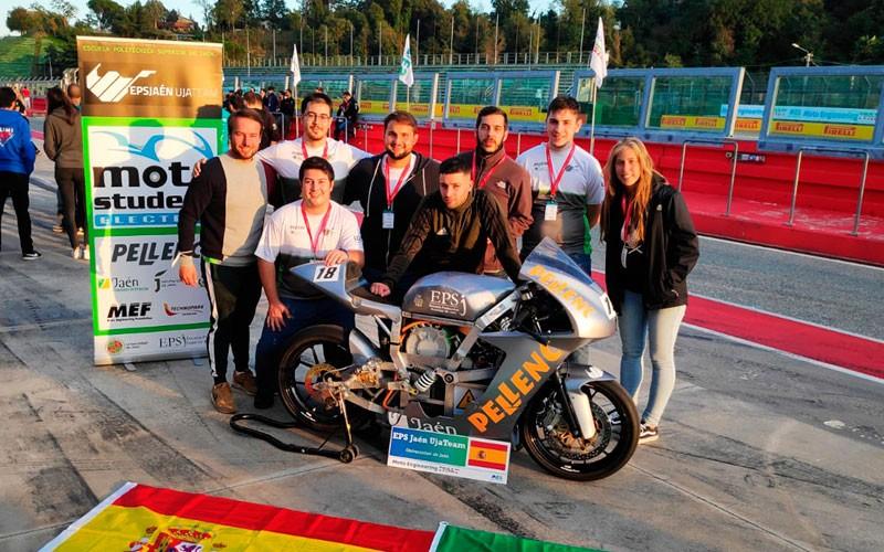 El equipo EPSJaén UJATeam participó en Moto Engineering Italy