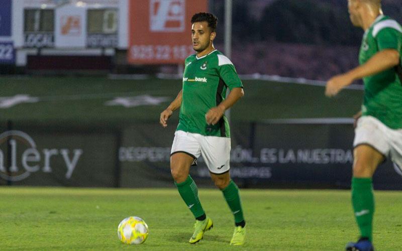 Pituli ya es oficialmente nuevo jugador del Real Jaén