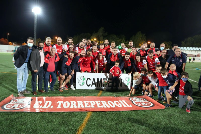 El CD Torreperogil, campeón de la Copa Presidente Diputación